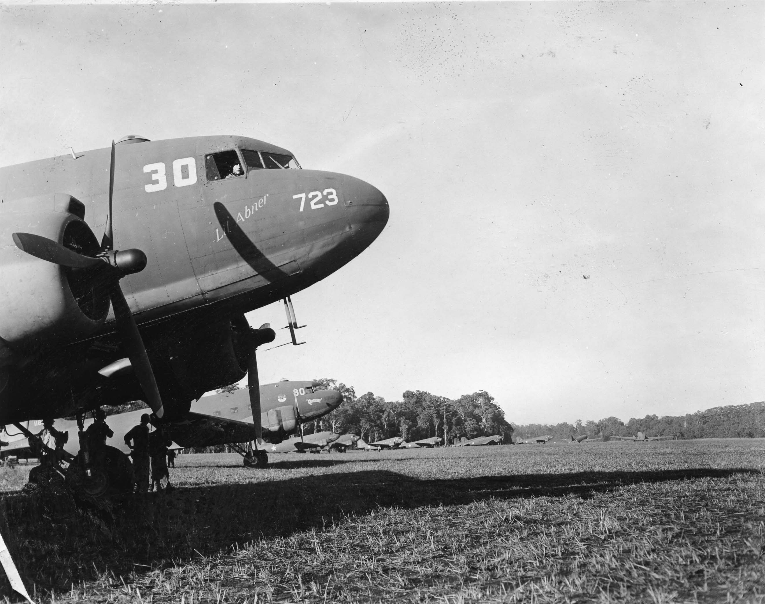 Lil' Abner : C-47 : Planes from Unknown Groups or Squadrons : PH00006136 (SWPA Photo Albums)