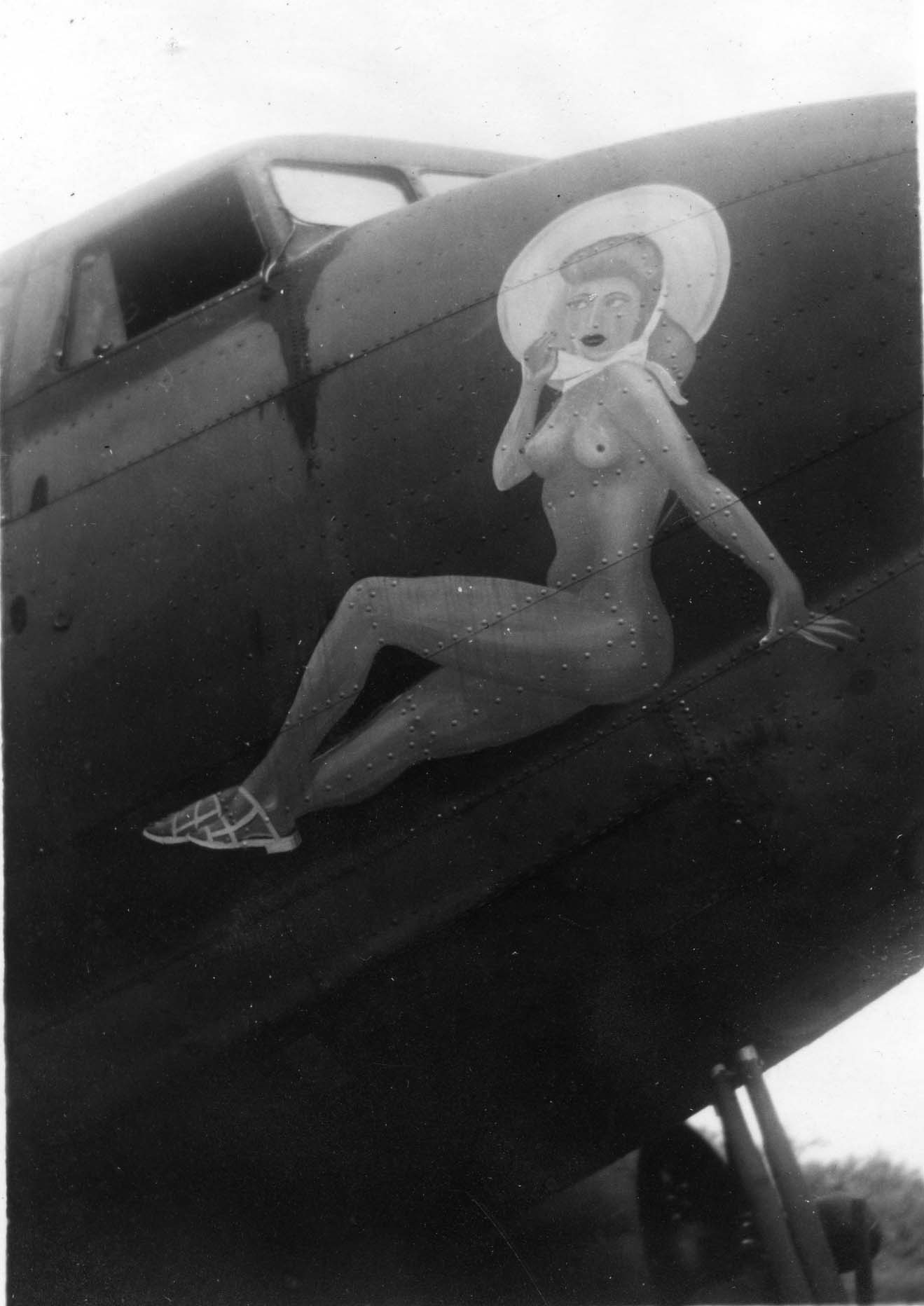 Sharpe 30 (Thomas Sharpe Collection) : Unnamed Nose Art