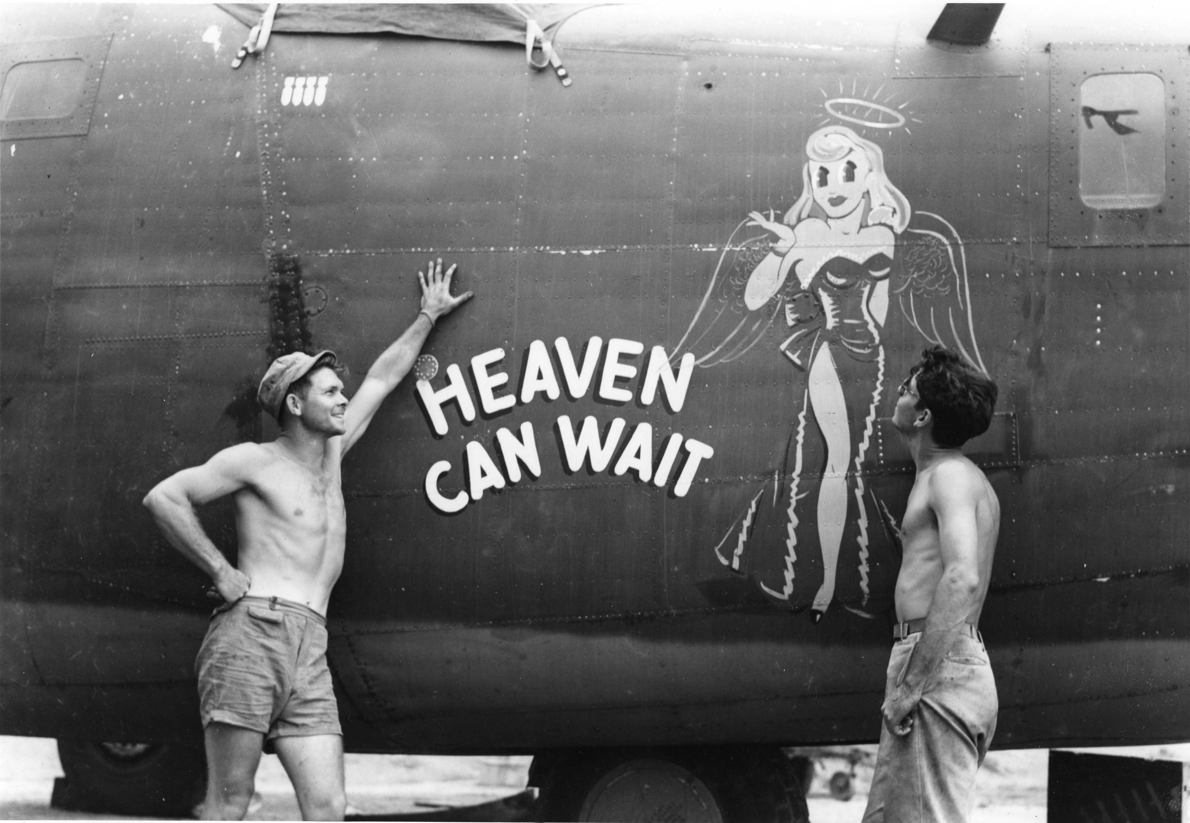 Heaven Can Wait - B24D - 90th Bomb Group - 400th Squadron - Serial #42-41216 - PH00005477 (Frederick German Collection)